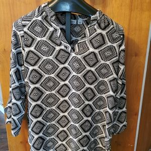 Cato size Large Black and White High Low Top